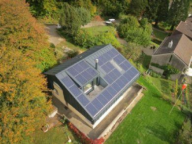 Integrierte PV-Anlage in Niederweningen.